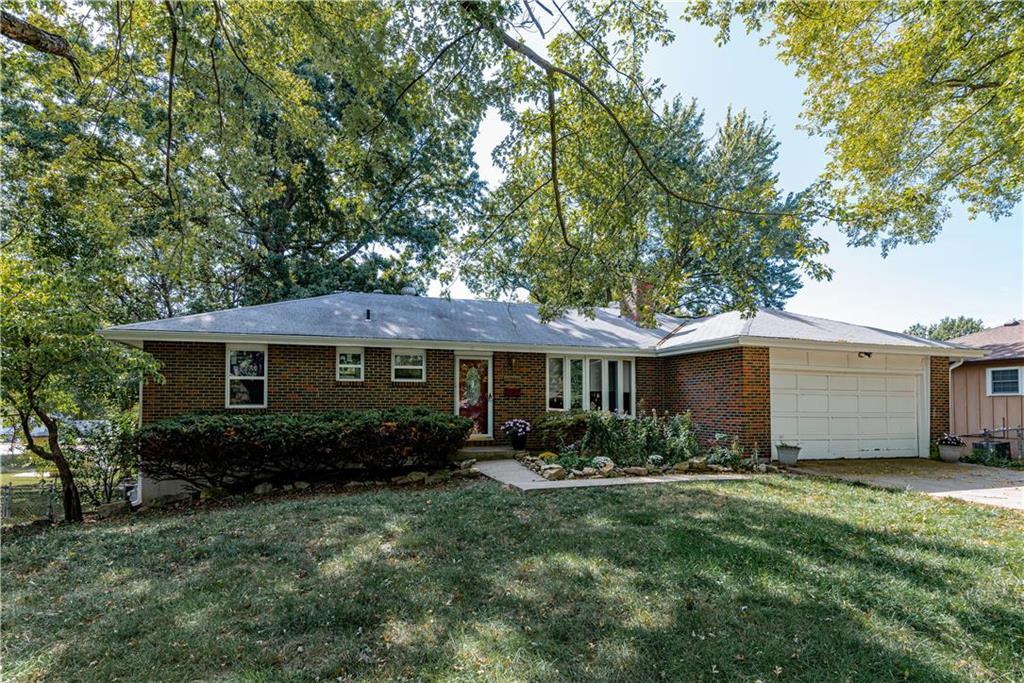 2905 Douglas Avenue Property Photo - Kansas City, KS real estate listing