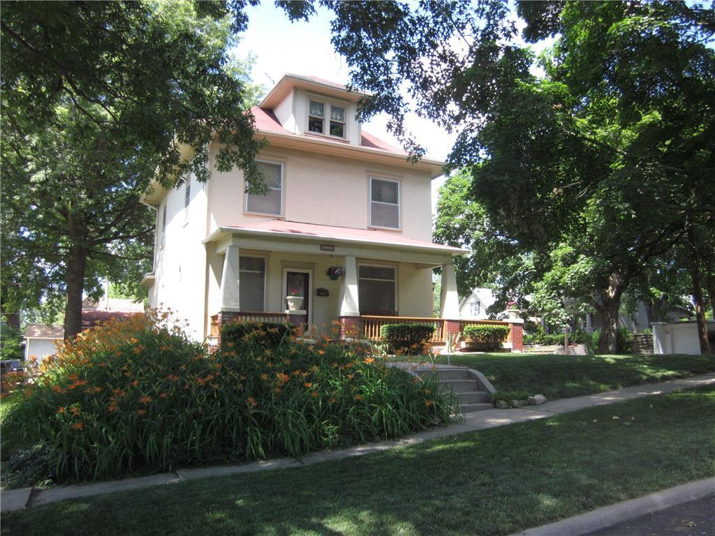 3239 Seneca Street Property Photo