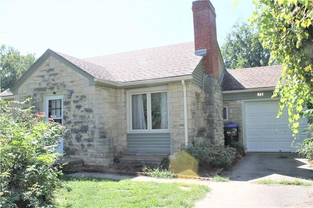 861 SW Webster Avenue Property Photo - Topeka, KS real estate listing