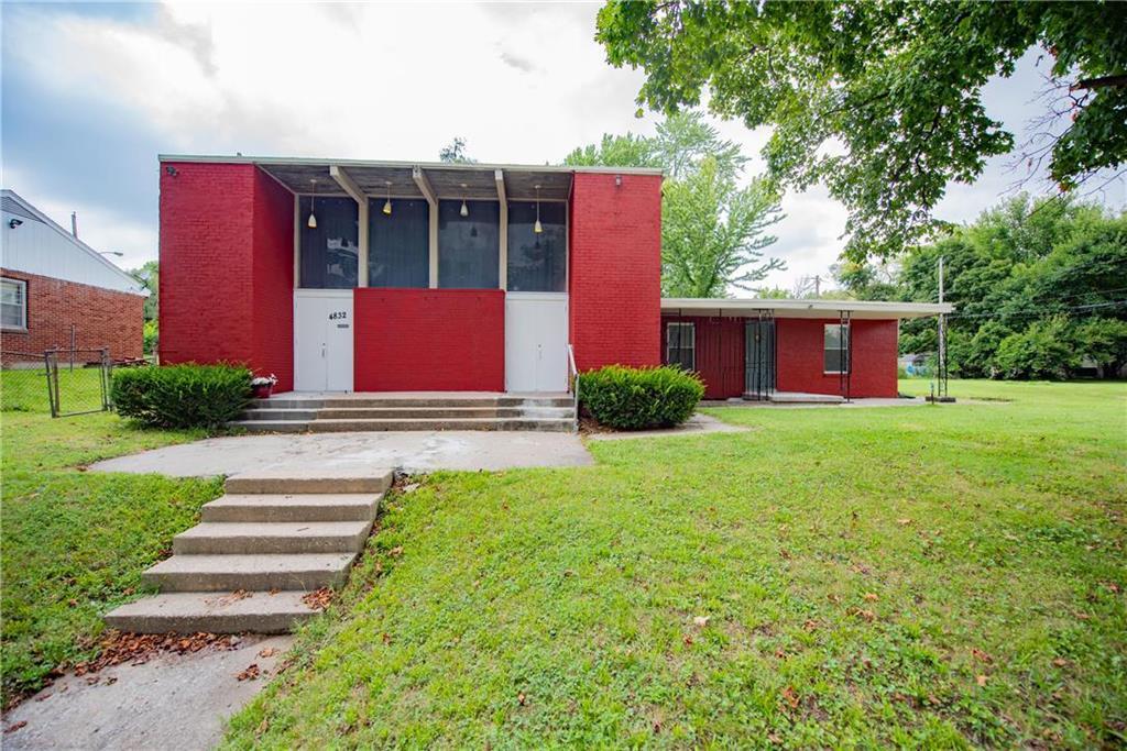 4832 OAK GROVE Road Property Photo - Kansas City, KS real estate listing