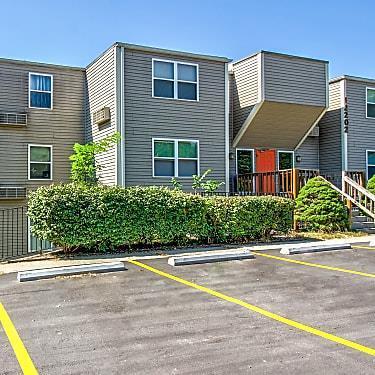 12204 Nw Heady Avenue Property Photo 3