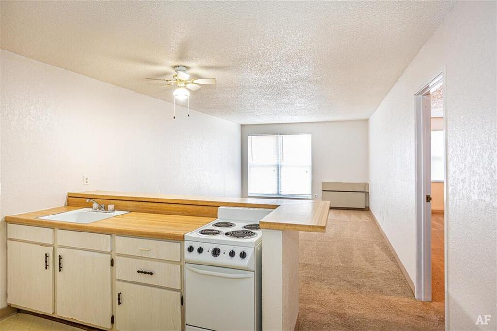 12204 Nw Heady Avenue Property Photo 5