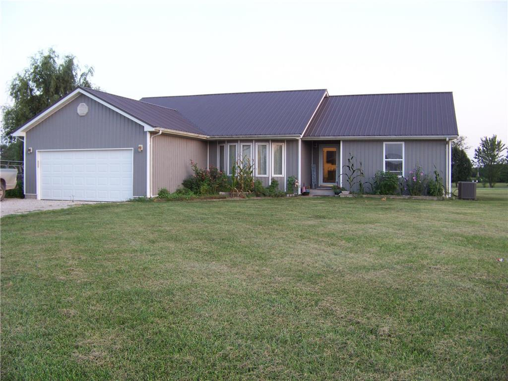 1147 NW Baker Drive Property Photo - Adrian, MO real estate listing