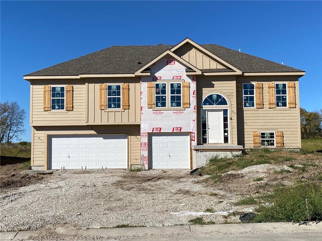 11904 N White Avenue Property Photo - Kansas City, MO real estate listing