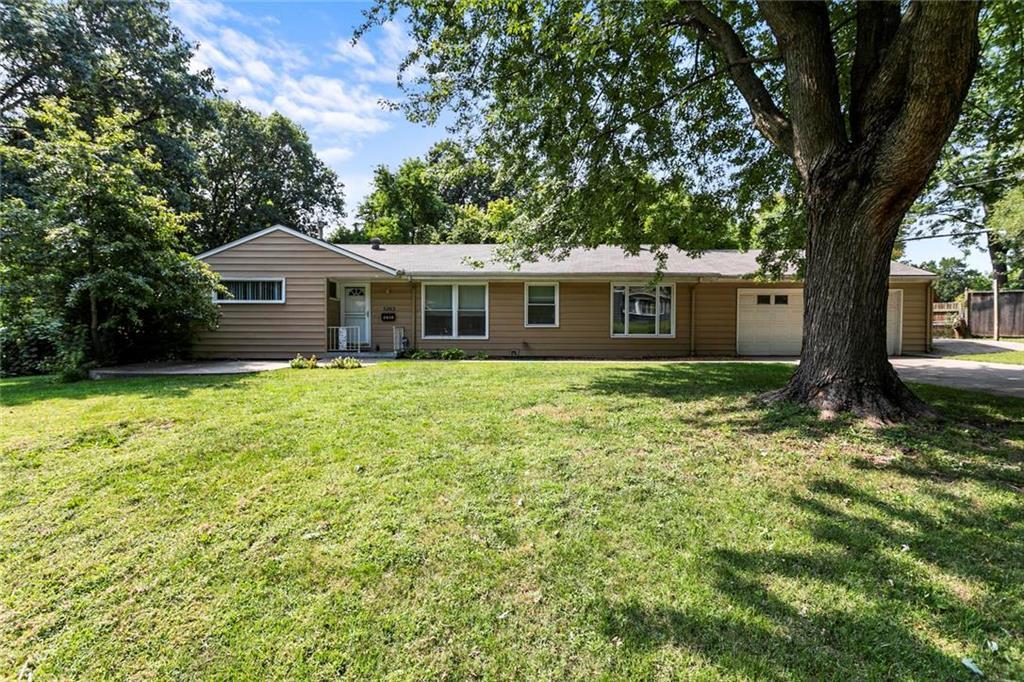 5203 Mcanany Drive Property Photo - Shawnee, KS real estate listing