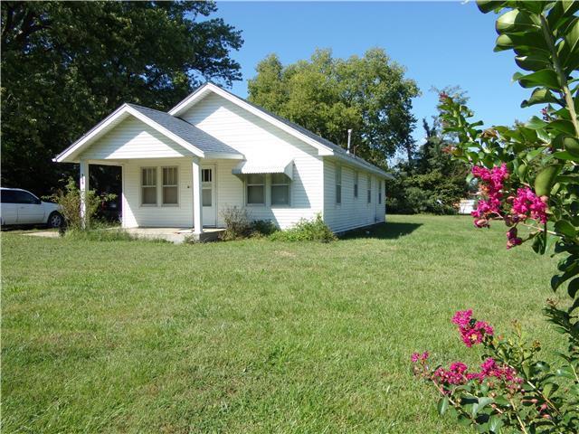 730 Walnut Street Property Photo - Mound City, KS real estate listing