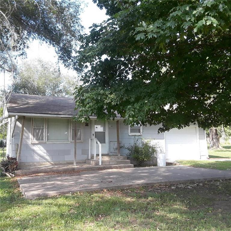 108 W South Avenue Property Photo - Fontana, KS real estate listing