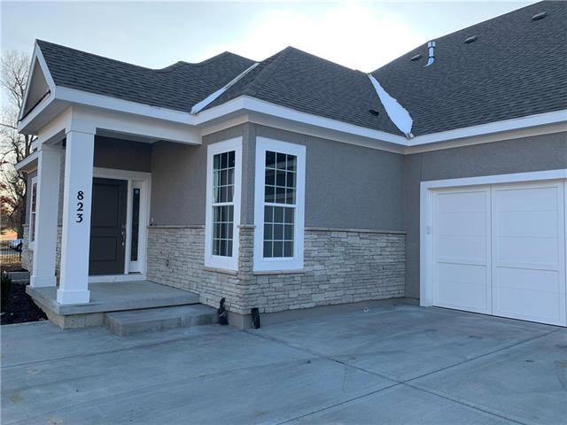823 E 110th Place Property Photo - Kansas City, MO real estate listing