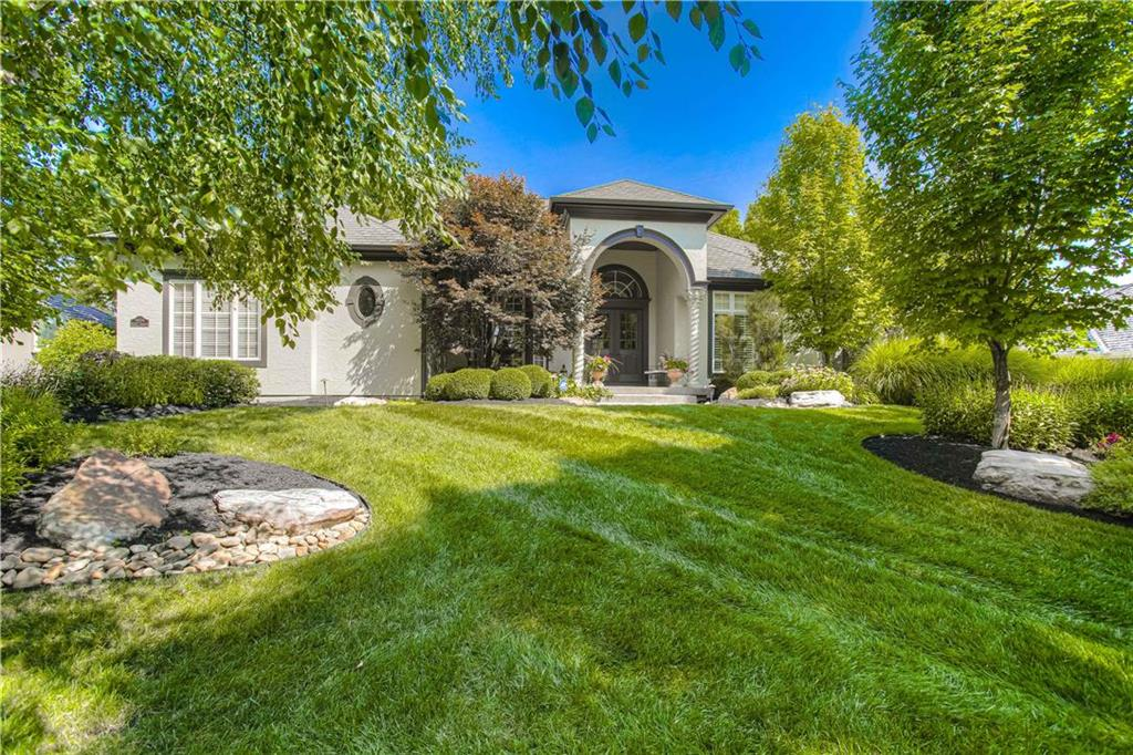 5006 W 143rd Terrace Property Photo - Leawood, KS real estate listing