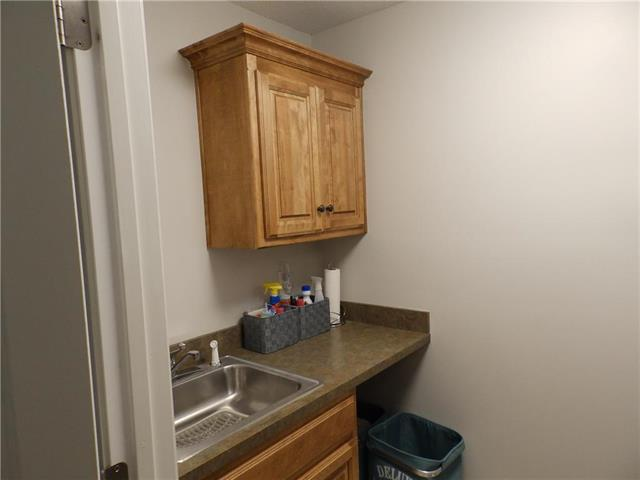 6204 Nw 103rd Street Property Photo 25