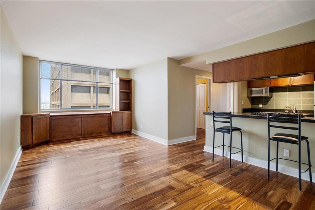 600 E 8th Street #tsa Property Photo
