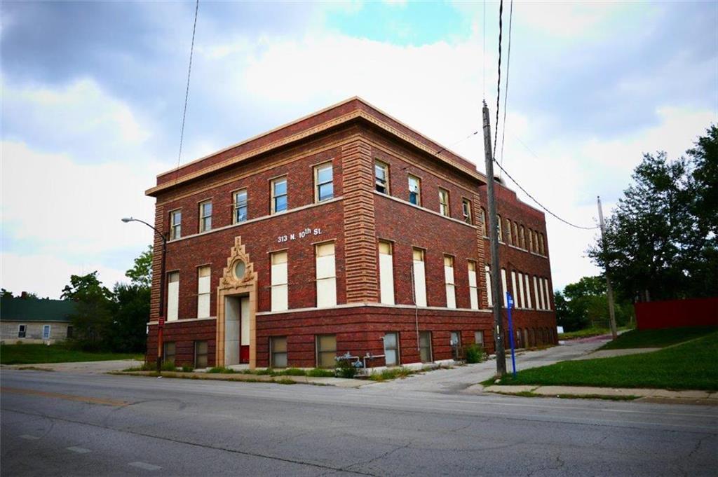 313 N 10th Street Property Photo - Kansas City, KS real estate listing