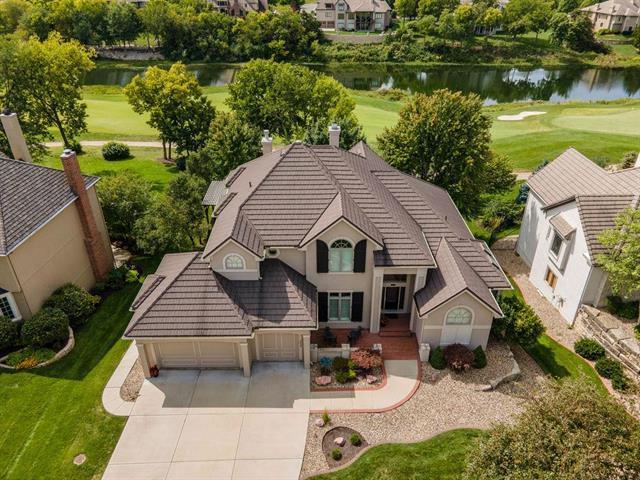 9608 Redbud Lane Property Photo - Lenexa, KS real estate listing