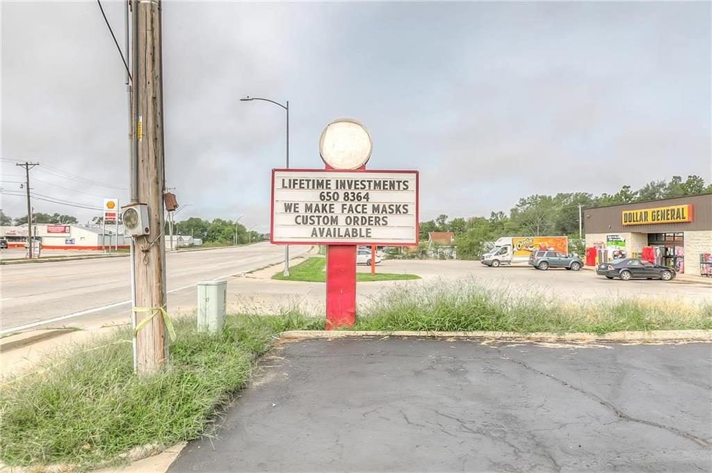 4 W Monroe Street Property Photo 37