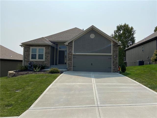 5119 NE 71st Place Property Photo - Kansas City, MO real estate listing