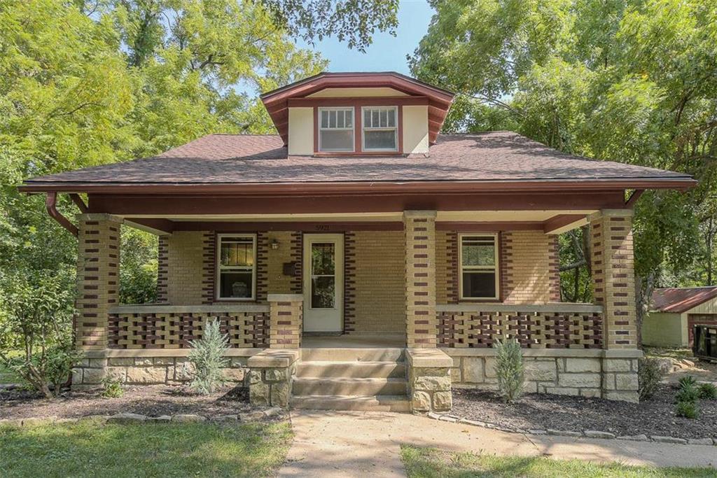 5921 BALLENTINE Street Property Photo - Shawnee, KS real estate listing