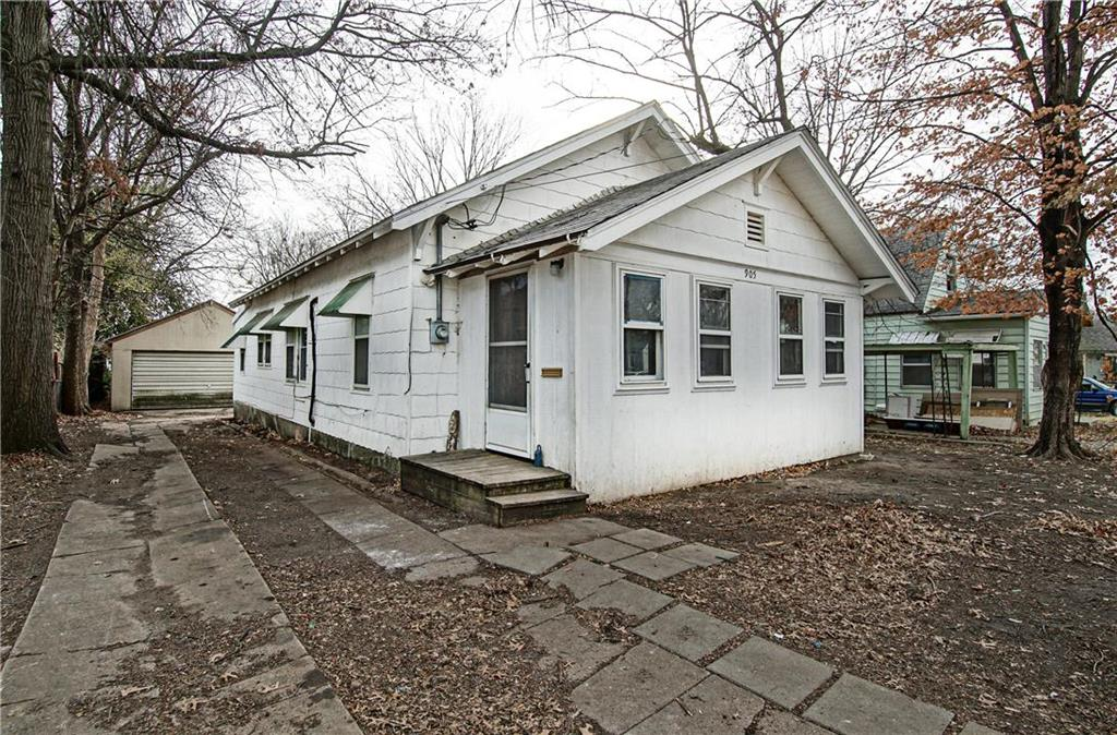 905 PACIFIC Street Property Photo - Osawatomie, KS real estate listing
