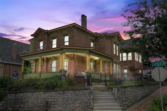 1102 Felix Street Property Photo - St Joseph, MO real estate listing
