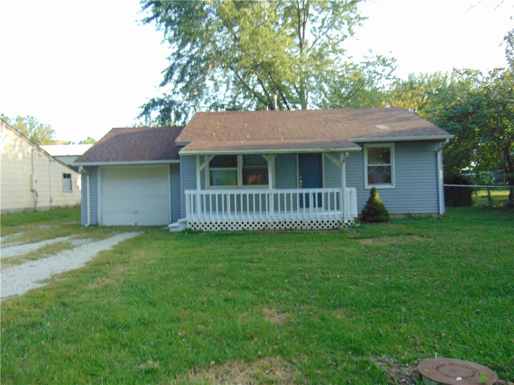 215 W 5th Street Property Photo - Adrian, MO real estate listing