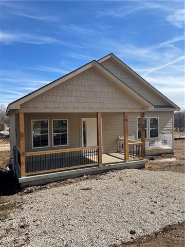 8447 Ottawa Street Property Photo - De Soto, KS real estate listing