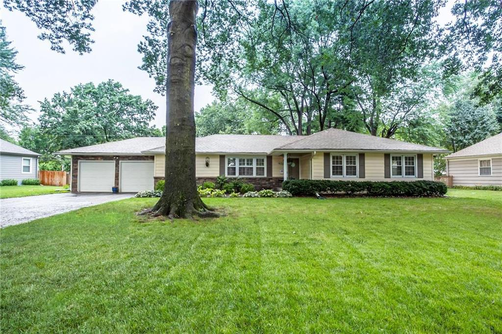 4020 W 96th Street Property Photo - Overland Park, KS real estate listing