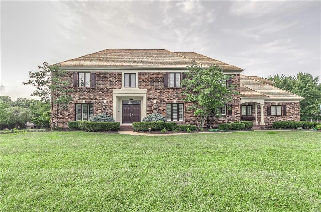 11720 Overbrook Road Property Photo - Leawood, KS real estate listing