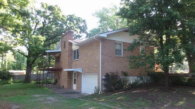 201 W Poplar Street Property Photo - El Dorado Springs, MO real estate listing