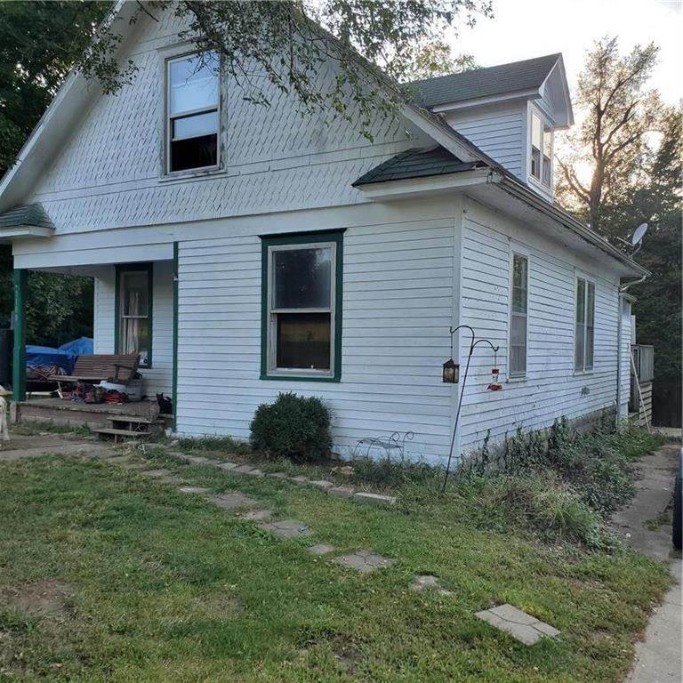 1100 S Mitchell Street Property Photo