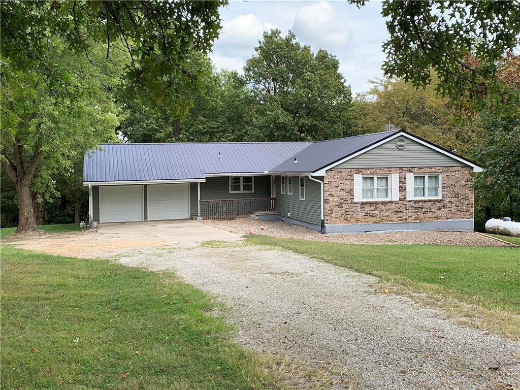 108 Oar Road Property Photo - Gallatin, MO real estate listing