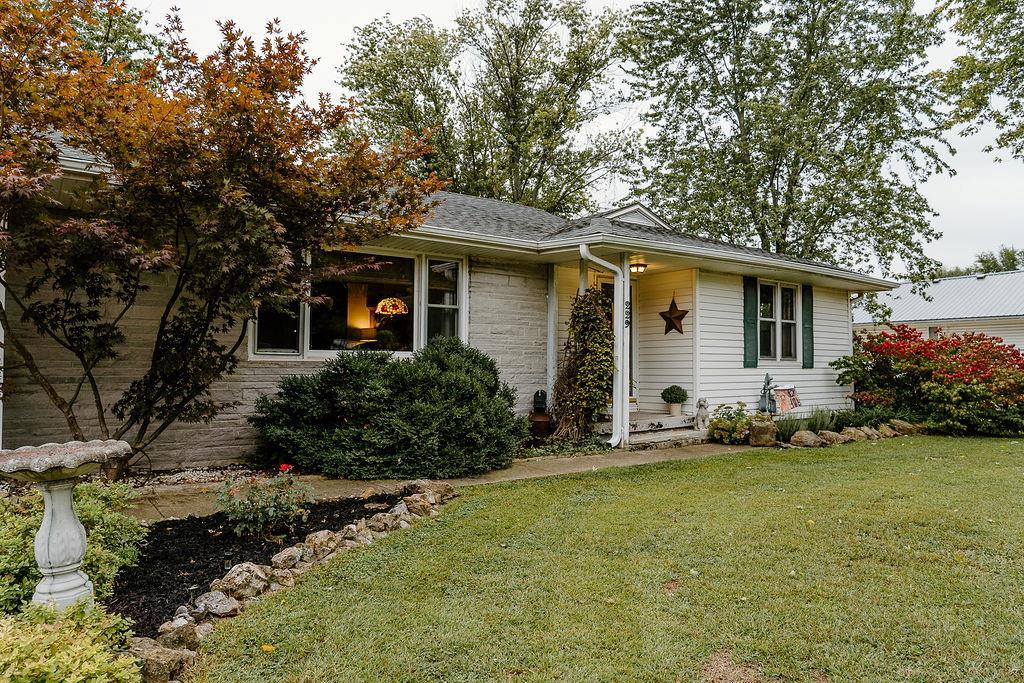 229 W 1ST STREET Street Property Photo - Adrian, MO real estate listing