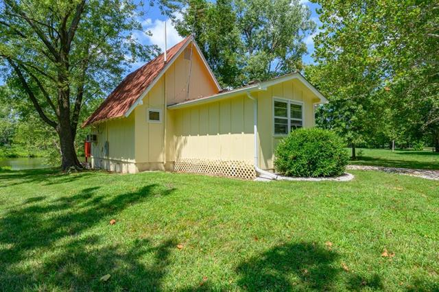 25604 Annies Point Road Property Photo - Freeman, MO real estate listing