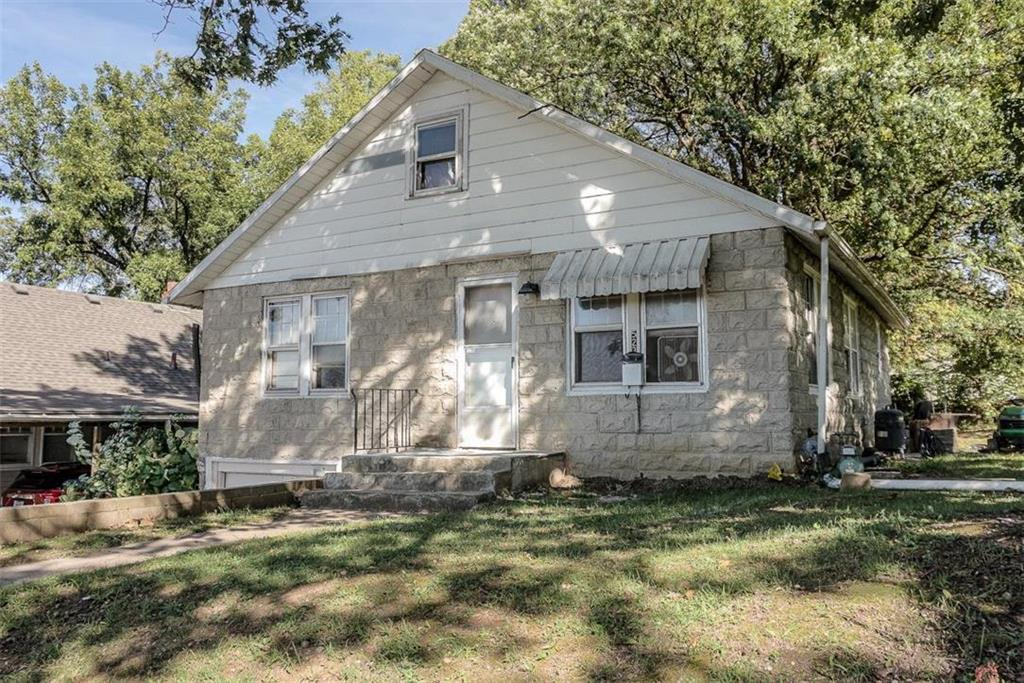523 Donnelly Avenue Property Photo - Kansas City, MO real estate listing