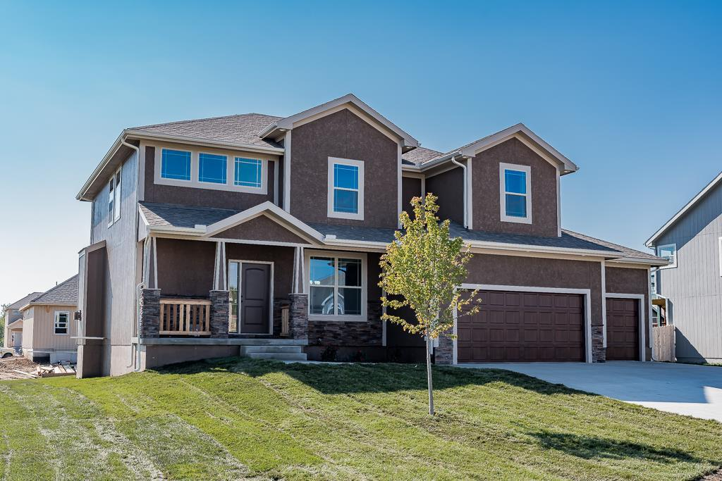 106 157th Street Property Photo - Basehor, KS real estate listing