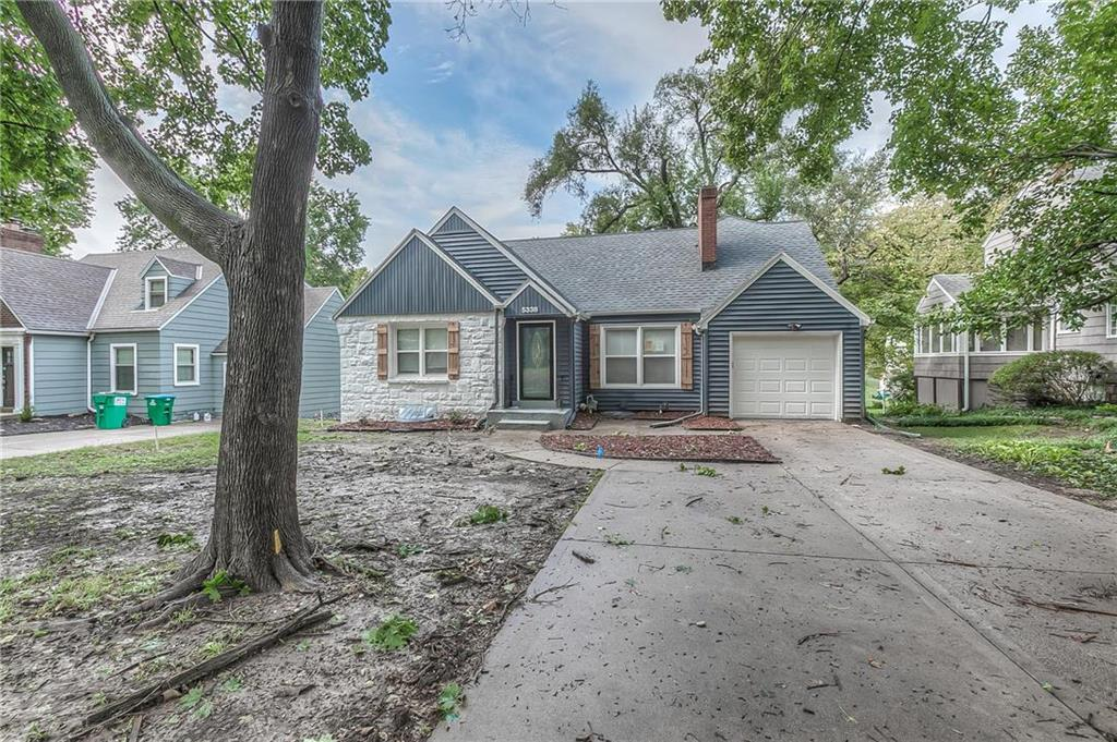 5338 Clark Drive Property Photo - Roeland Park, KS real estate listing