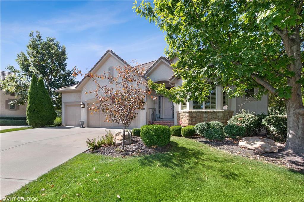 11342 Granada Court Property Photo - Leawood, KS real estate listing