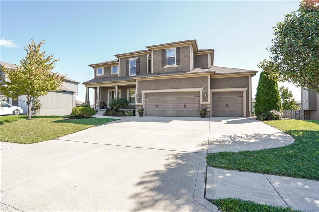 8804 SW 5th Street Property Photo - Blue Springs, MO real estate listing
