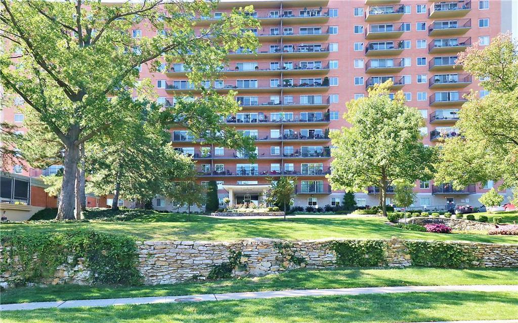 4550 Warwick Boulevard #502 Property Photo