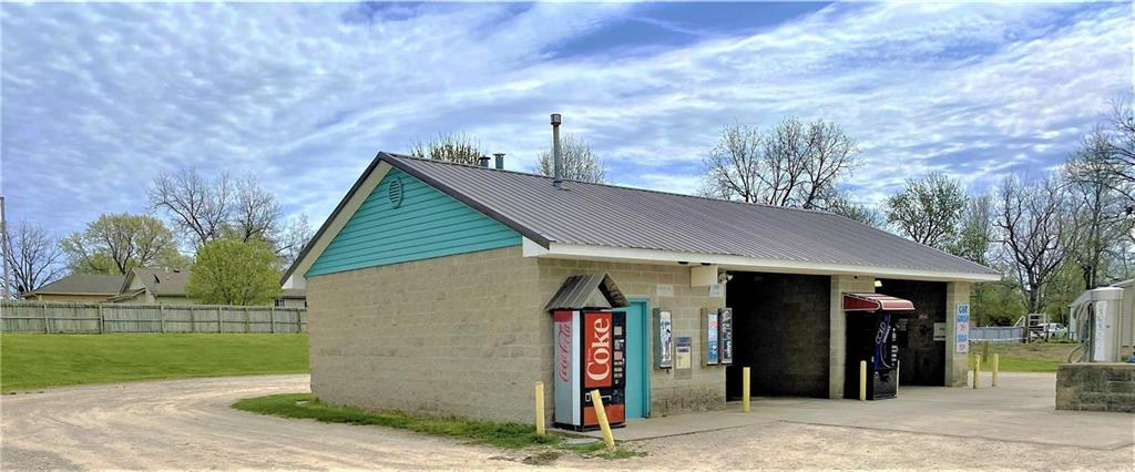 618 A Street Property Photo - Creighton, MO real estate listing