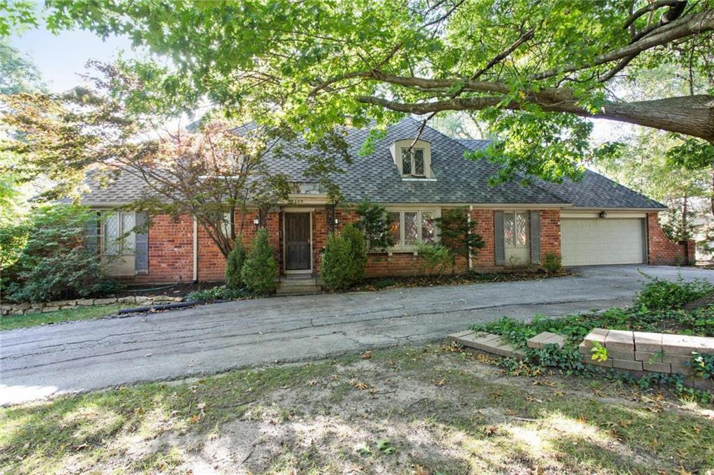 4609 W 82nd Street Property Photo - Prairie Village, KS real estate listing