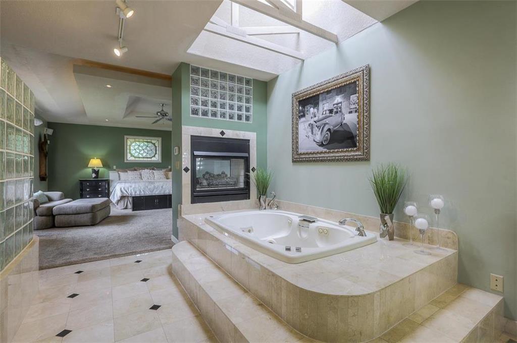 1800 Sw Fountain Drive Property Photo 37