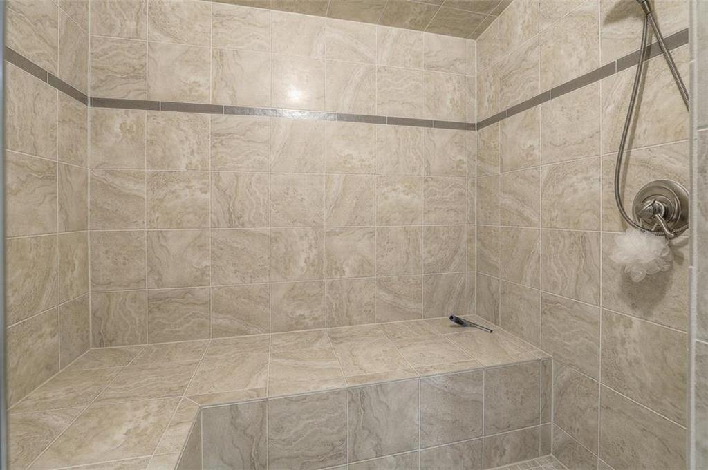 1800 Sw Fountain Drive Property Photo 65