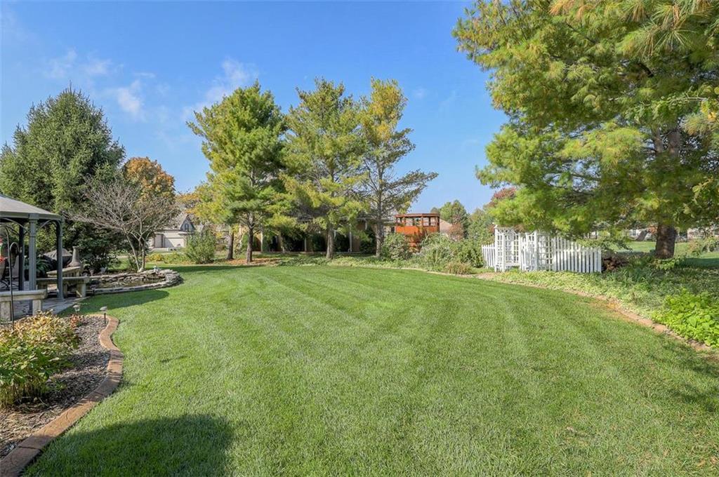 1800 Sw Fountain Drive Property Photo 73