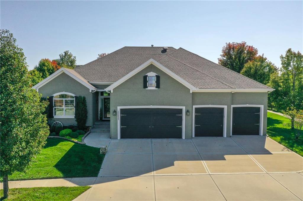 17233 Haskins Street Property Photo - Overland Park, KS real estate listing