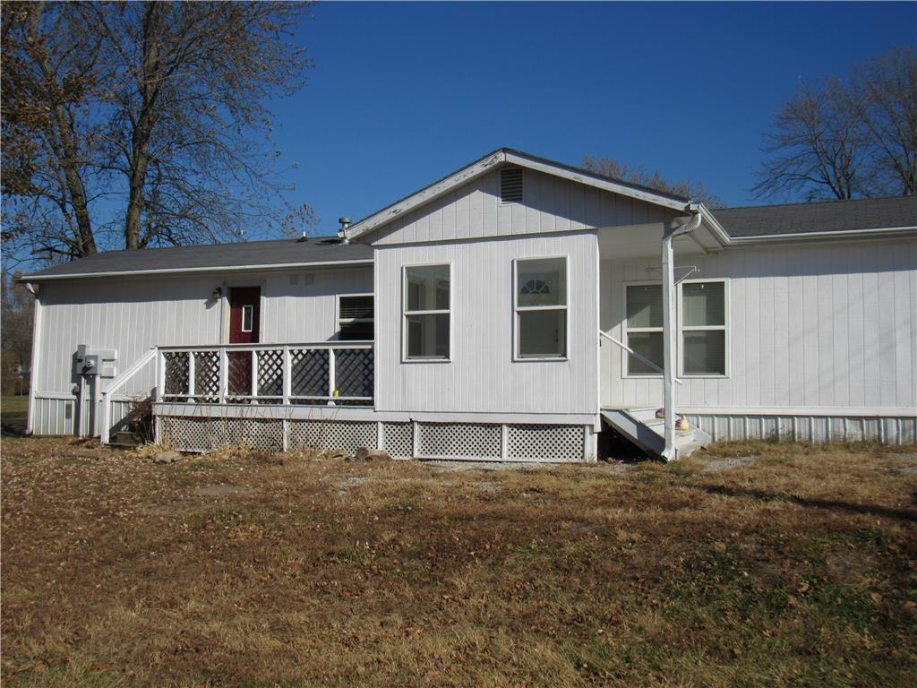 1414 IVIE Street Property Photo - Stewartsville, MO real estate listing