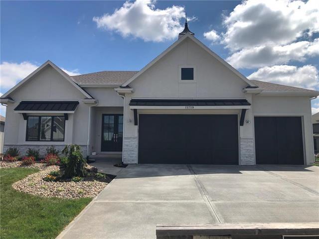 15619 W 165th Terrace Property Photo - Olathe, KS real estate listing