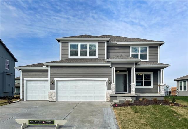 2922 SW Arbor Tree Drive Property Photo - Lee's Summit, MO real estate listing