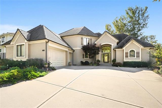 131 South Shore Drive Property Photo - Lake Winnebago, MO real estate listing