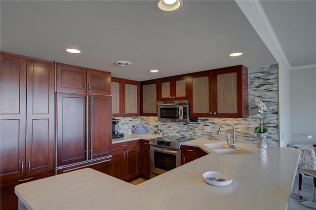 310 W 49th Street #601 Property Photo