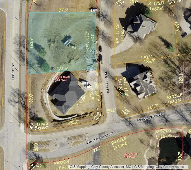 Lot 2 Bent Oaks Drive Property Photo - Liberty, MO real estate listing