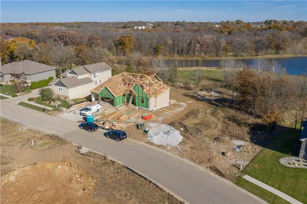 908 Old Hickory Road Property Photo - Greenwood, MO real estate listing